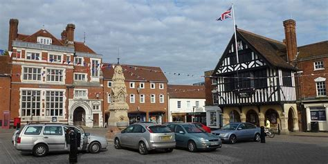 Taxi Transfer from Stansted Airport to Saffron Walden