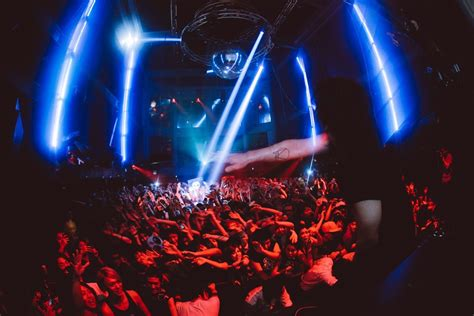 Tokyo Halloween Clubbing 101 | All About Japan