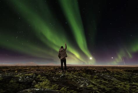 How, Where and When to See the Northern Lights in Iceland