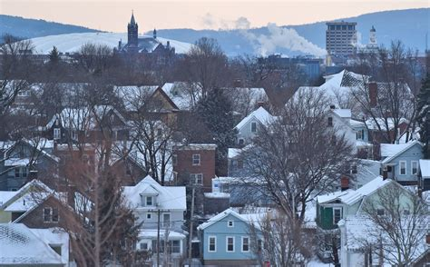 NOAA says odds favor warm, wet winter in Upstate NY